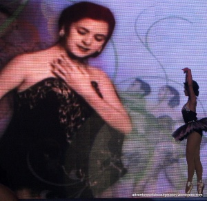 Ballerina dancing in the Tribute to Tita Joji