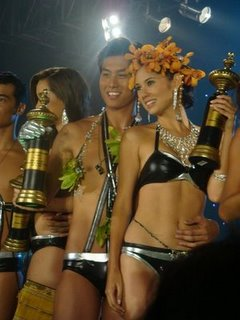 Jiro and Vanessa, winners of the Mossimo Bikini Summit 2009!!!