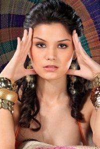Jacqueline Schubert's Mutya Headshot