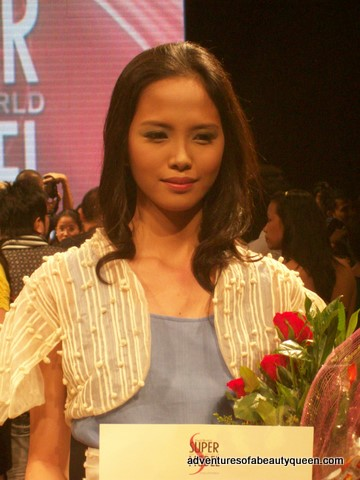 Chat seems dazed after winning Super Model of the Philippines 2009!