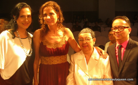 L-R: Joyce Burton Titular (me), Katie Ford, Mrs. Espino (Mom of Joey and Audie) and Joey Espino
