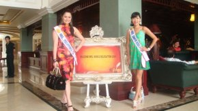 Mrs Philippines World 2009 Daisy Reyes with her room mate Mrs South Korea