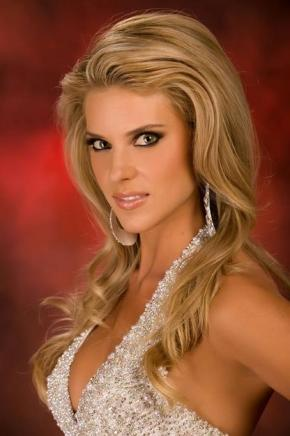 Bratty Queen Carrie Prejean