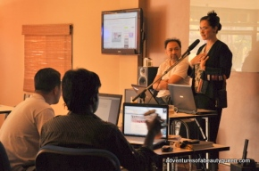 blogging beauty queen (that's me) with hubby Ron T. teaching blogging and internet radio at MEDIA LIGHT!