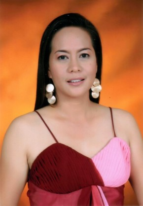 """Maria Muriel """"Lala"""" Moral, MRS Universe Philippines 2010"""