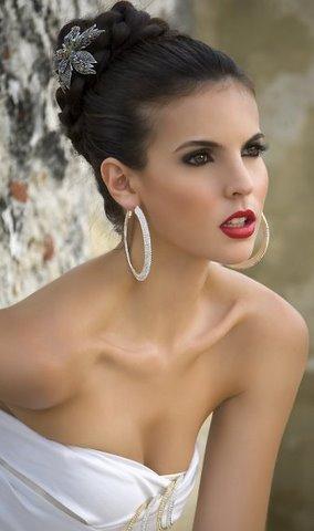 Loving the intense look of Natalia Navarro. - colombia-natalia-navarro