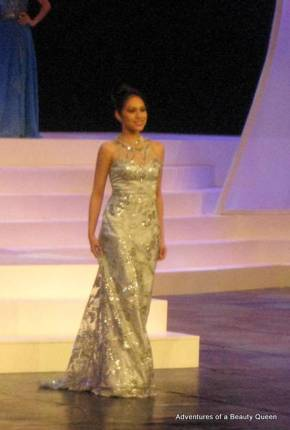 Carla Lizardo in a Frederick Peralta creation. Carla went on to win Best in Gown at the Mutya ng Pilipinas 2010!
