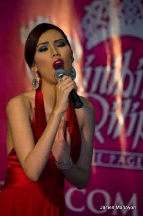 Jenette Noguchi sings like an angel!