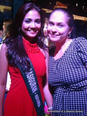 Miss Philippines Earth 2011 Athena Imperial with blog author Joyce Burton Titular