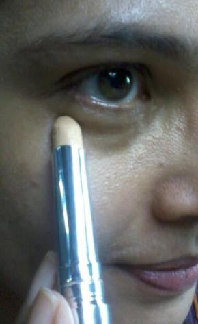 Body Shop's Flawless Skin Protecting Concealer, Stick