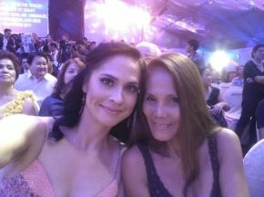 At the Manila Hotel Tent watching Miss World Philipppines 2012 with Zenaida Seifert, Mom of Miss Earth beauty queen Sandra Seifert