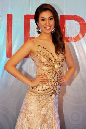 Rizzini Alexis Gomez at the Final Screening of Miss World Philippines 2012