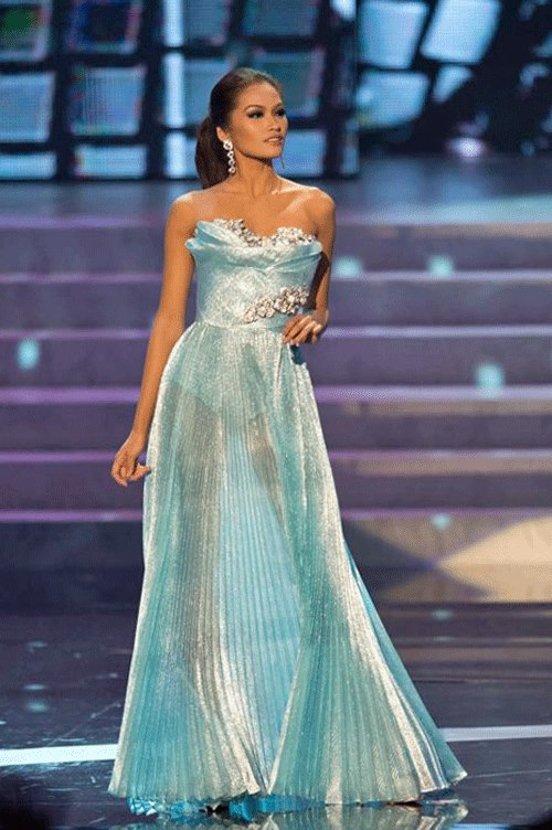 Janine Tugonon of the Philipines in her competition gown at the Miss Universe 2012 Holiday Edition