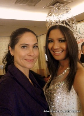 the blogging beauty queen with Joy Marie Gangan, Best Model of the World Philippines 2012