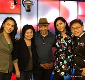 L-R Chritina Lazo (host), Cherry Bayle (Producer), Ron T. (hubby), Joyce Burton Titular (moi) and Chinkee Tan (host of Chink Positive!)