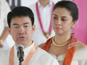 Sen Koko Pimentel and beauty queen wife Jewel Lobaton