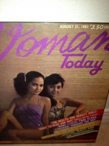 Cita Capuyon (right) with her best friend and co-beauty queen, Bong Dimayacyac - from Tony Paat's collection