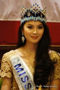 Miss World 2012 Wenxia Yu celebrates Chinese New Yean in Manila!