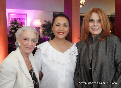 Artist Betsy Hartendorp (left) with Vida Doria (middle) and Madame Stella Marquez Araneta