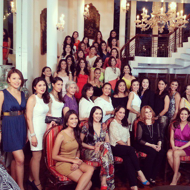 Class Photo of the Bb. Pilipinas Queens Reunion 2013 courtesy of Felix Manuel