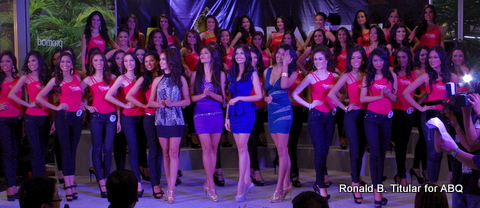 The 50 Bb. Pilipinas 2013 contestants at the Talent Show... beauty queens Nicole Schmitz, Janine Tugonon, Shamcey Supsup and Katrina Dimaranan up in front!