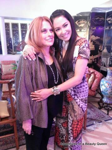 Warm hug between Madame Stella (left) and Ruffa Gutierrez