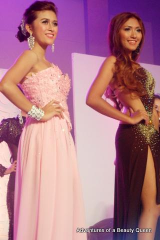 #3 Samantha dela Pena (left) and #1 Dayniel Moya