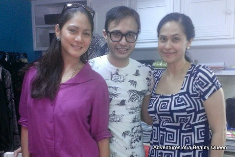 Patti Betita was at Eric delos Santos' shop at the same time I was there for my measurements!