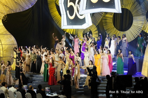 The Tableau of Queens at the Queens' Parade, April 14, 2013 - Bb. Pilipinas Gold at Araneta Coliseum!