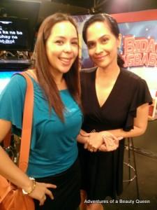 Loooove Alma Concepcion (in Blue)! She our Bb. Pilipinas International 1994...