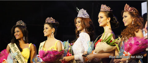 Winners of Miss Philipines Earth 2013 L-R - Bernadette Mae Aguirre of Sta. Maria (Eco-Tourism), Nancy Leonard of Zamboanga (Water), Angelee Claudett delos Reyes of Olongapo (Miss Philippines Earth 2013 winner), Kimverlyn Suiza of Nagcarlan (Air) and Alma Cabasal of West Coast Fil-USA (Fire)
