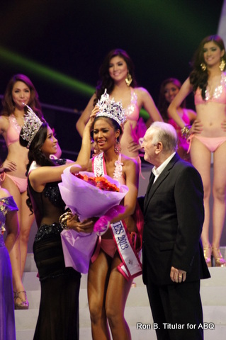 Janicel Lubina's crowning moment as Miss Bikini Philippines 2013... Congratulations from ABQ!