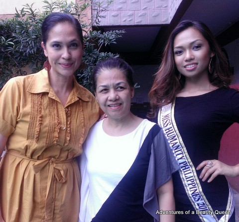 L-R ABQ's Author (that's me in mustard), Baby Misenas (middle) and her daughter Miss Humanity Philippines 2013 Monica Misenas