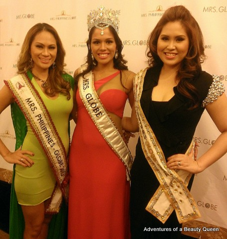 Mrs. Globe 2013 with Mrs. Philippines Globe 2013 Ruby Lehman and Mrs. Philippines Glove 2012 Joyce Agsaway