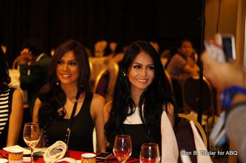 4) Ara Arida (left) our Bb. Pilipinas 2013 Universe and Cindy Miranda, Bb.  Pilipinas Tourism 2013...
