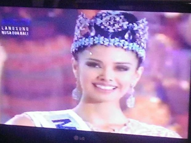 Miss World 2013 is Megan Young from the Philippines! The elusive blue crown is finally ours!