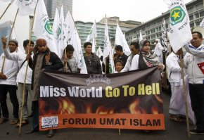 Muslim protesters in Jakarta