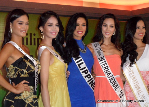 Ariella with her co-Bb. Pilipinas winners - Pia Wurtzbach (1st RU), Cindy Miranda (Tourism), Ariella Arida (Universe), Bea Santiago (International) and Mutya Datul (Miss Supranational 2013)