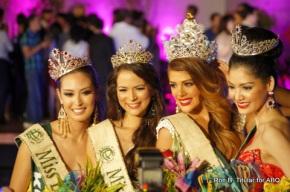 L-R Korea's Catharina Choi (Fire), Austria's Katia Wagner (Air), Venezuela's Alyz Henrich (Miss Earth 2013 winner) and Thailand's Punika Kuntornrat (Water)