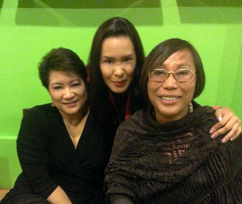 The gorgeous Gionna Cabrera (middle) with the elegant Duday Mandanas (left) and Bday girl Renee Salud!