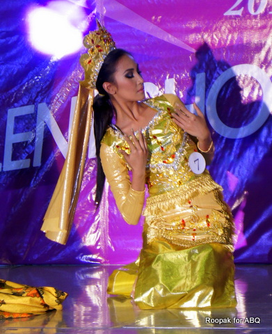 Bb. #7 Aiza Faeldonia danced a Muslim-inspired number