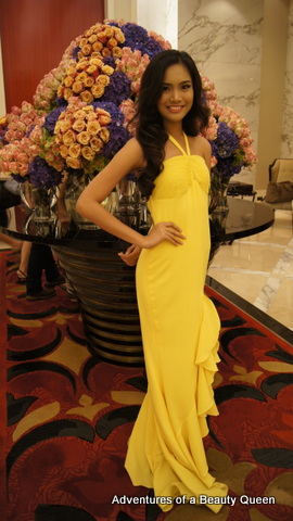 1) The welcoming beauty of Mercegrace Racquel at Solaire!