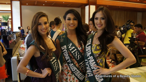 Three lovelies in a row: Crystal Star Aberasturi of Liloan, Cebu (left), Melanie Christine Balagtas of Sydney, Australia (middle) and Angelie Crizelle Ocampo of Sta. Rita, Pampanga
