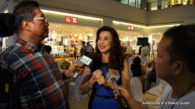 Cory Quirino, franchise holder of Mr. World Philippines and Miss World Philippines being interviewed by Tito Lhar of GMA 7