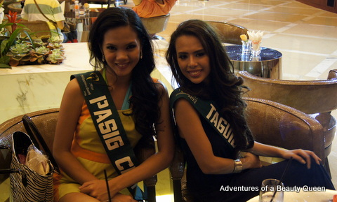 Cuties! Jashmin Lyn Dimaculangan of Cainta (left) and Jodimay Megan Zervoulakos of Taguig