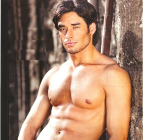 John Spainhour is Mr. World Philippines 2014