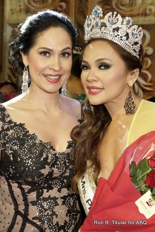 Joyce Burton Titular with the newly crowned Mrs Philippines Globe 2014 Stephanie Sitoy