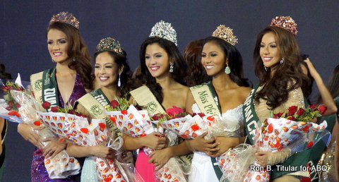 L-R Kim Covert (Water), Monique Manuel (Eco-Tourism), Jamie Herrell (winner, Miss Philippines Earth 2014), Diane Querrer (Air) and Bianca Paz (Fire)