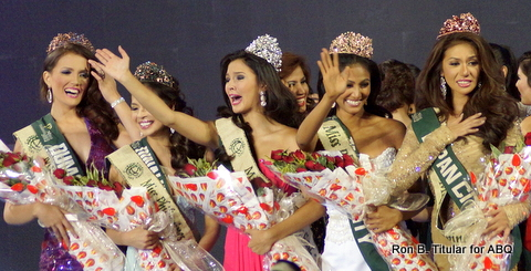 The different faces of joy at the coronation of Miss Philippines Earth 2014! Winner Jamie Herrel in the middle with Kim Covert (Water) at the far left, Monique Manuel (Eco-Tourism) 2nd to the left, Bianca Paz (Fire) at the far right) and Diane Querrer (Air) 2nd to the right.