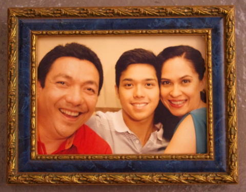 This is one of our 'family picures' in the Cinemalaya film #Y by Gino M. Santos. Apollo Abraham (left) plays the Dad of Elmo Magalona (his character is called Miles) while I play Elmo's Mom.